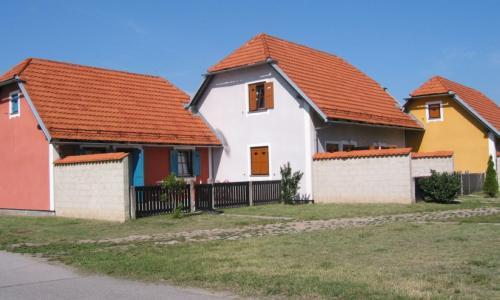 Hišice zadaj s teraso